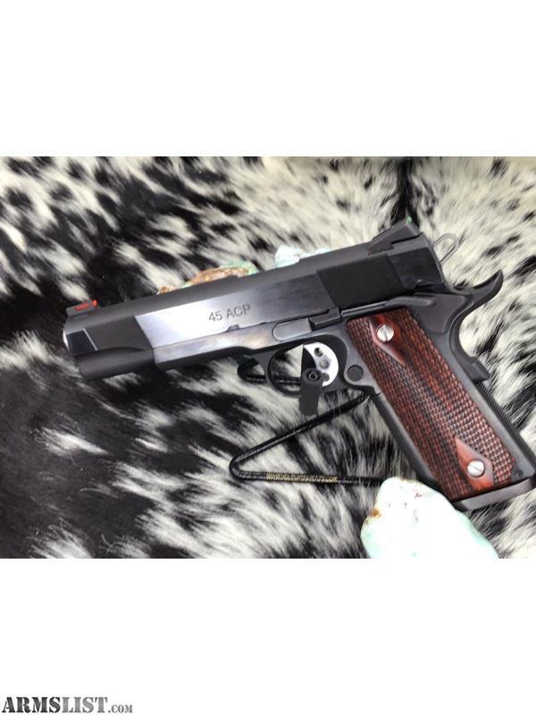 ARMSLIST - For Sale: Les Baer Custom Carry Stainless .45 ACP