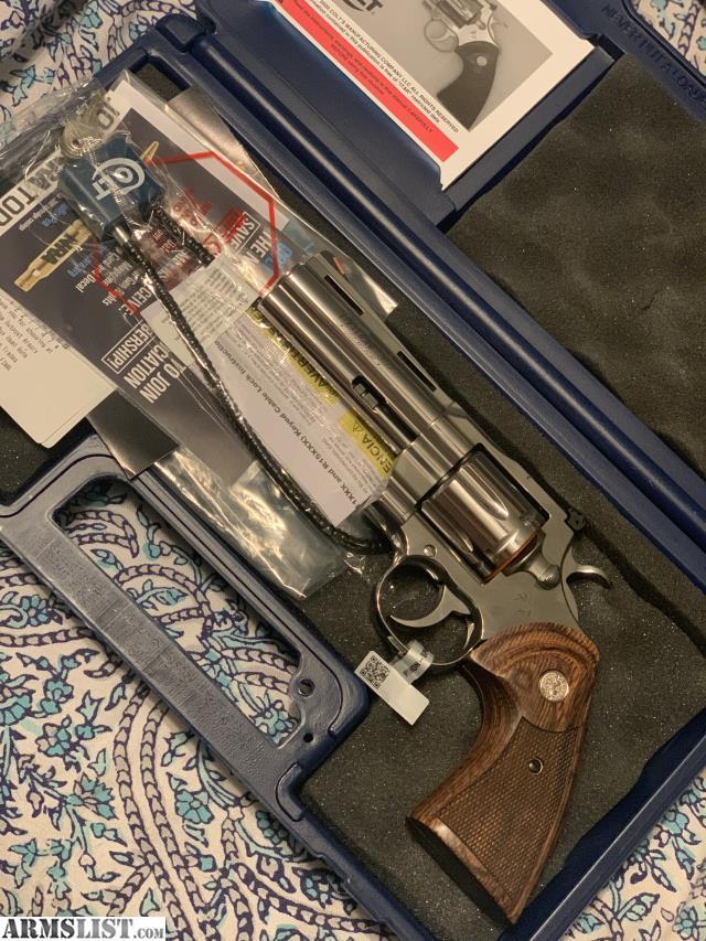 Armslist Nashville Handguns Classifieds Nashville tn registered nurse took the vaccine, now look what happened. armslist nashville handguns classifieds