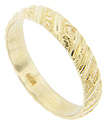 Diagonal textured designs span the circumference of this 14K yellow gold vintage wedding band