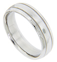 Two milgrain furrows decorate this antique style men's wedding band