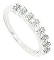 A stunning 14K white gold antique style wedding band