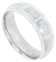 This 14K white gold mens wedding band features a satin finished central band sliced into blocks