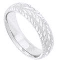 The rough texture of this 14K white gold mens wedding band is carved with twisting fronds and edged in carved leaves