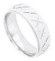 This 14K white gold mens wedding band features a satin finished surface engraved with alternating linked plaid patterns