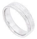 This 14K white gold mens wedding band features a satin finished central band flanked by carved faceted edges