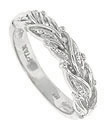 This 14K white gold antique style wedding band is attractively decorated with a woven pattern of abstract leaves and berries