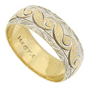 Bold organic engraving spins across the center of this handsome 14K bi-color wedding band