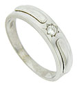 This classic estate wedding band is crafted of 14K white gold