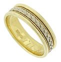 This bi-color mens wedding band features a wide braid of white gold framed in twisting ropes of yellow gold