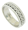 This handmade 14K white gold mens modern wedding band features a rugged rope design framed by smooth polished edges