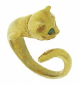 This whimsical 14K yellow gold estate ring is fashioned in the shape of a cat