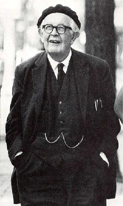 A photograph shows Jean Piaget.