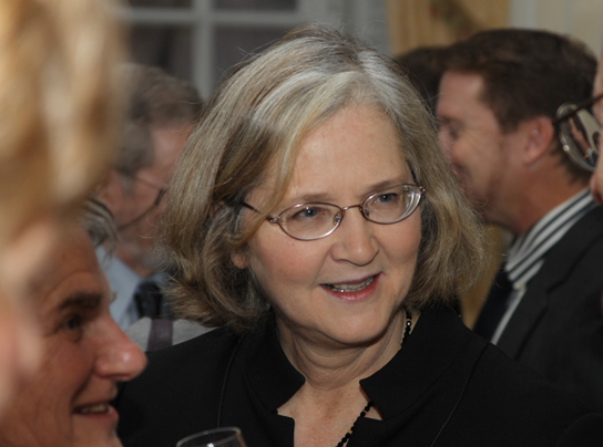 Photo of Elizabeth Blackburn.