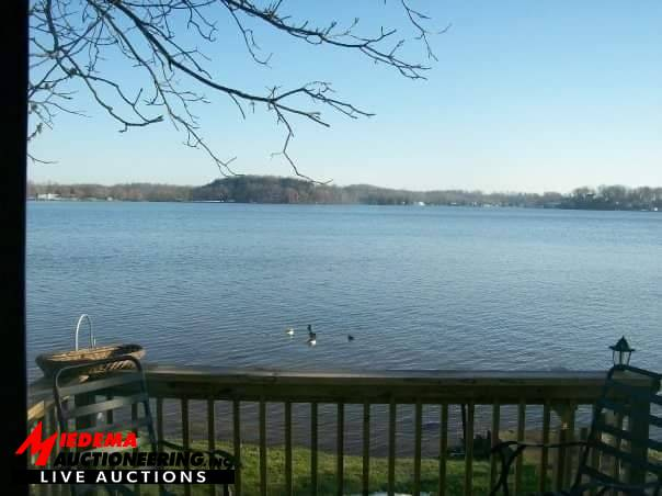 Caledonia real estate auction