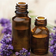 5 Essential Oils for a Naturally Clear Face