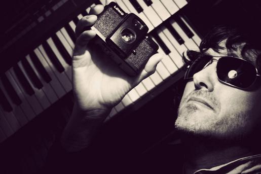 Gavin Hammond - LomoChile