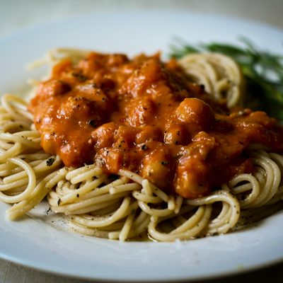 Pasta with vodka-chickpea sauce
