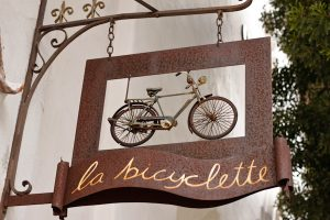 La Bicyclette Restaurant sign