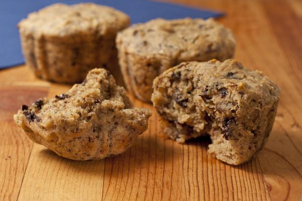 Banana walnut chocolate chip muffins | Vegan | Gluten-free