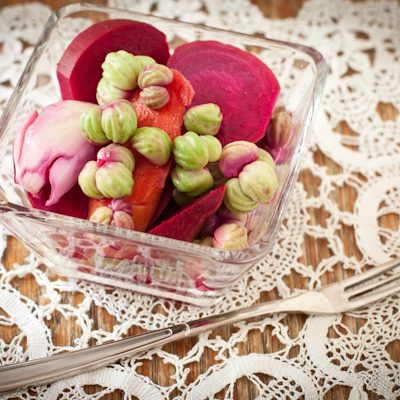 """How to make pickled nasturtium """"capers"""""""