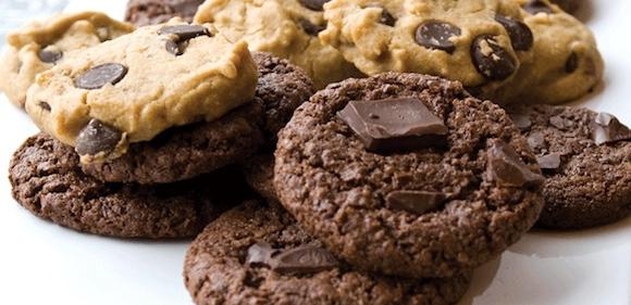 Homestyle chocolate chip cookies from Dreena Burton | Month O' Cookies on Recipe Renovator