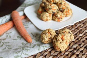 Hippie Cookies from Running to the Kitchen | Month O' Cookies on Recipe Renovator