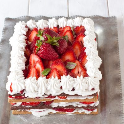 Strawberry whipped cream icebox cake
