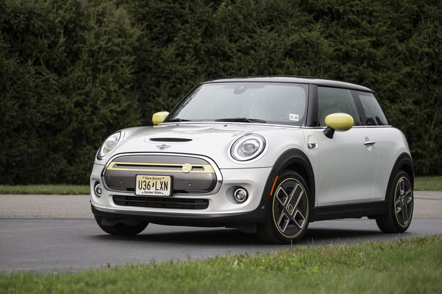 MINI Cooper SE featured at Media Track Event hosted by MINI USA at Monticello Motor Club, September 17, 2020