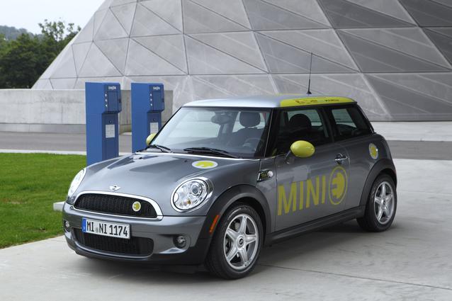 MINI E Munich Cooperation Project Drive eCharged (09/2010)