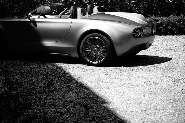 MINI Superleggera Vision. Black & White. (05/2014)