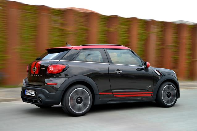 The new MINI John Cooper Works Paceman. (07/2014)