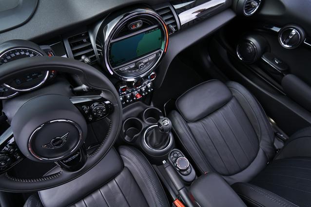 MINI Cooper S 3 door (01/2018)<br />