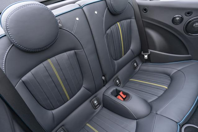 MINI Cooper S Sidewalk Convertible. (01/2020)