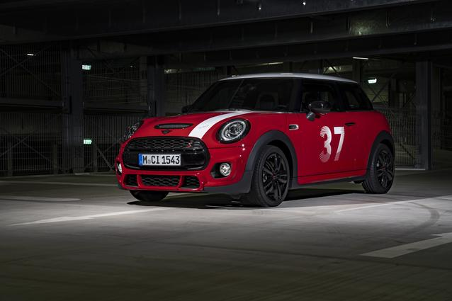 NUMBER 37 IS BACK ON THE STARTING LINE: THE MINI PADDY HOPKIRK EDITION.