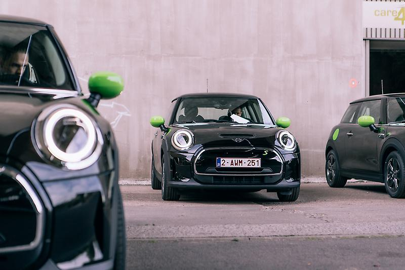 Largest delivery of electric MINIs in Europe (09/2021)<br />