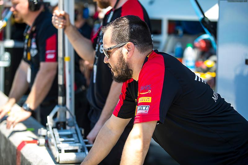 MINI John Cooper Works Team Ready to Put New Touring Car Back on Track at Virginia International Raceway