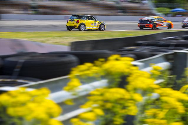 MINI JCW Team Dishes Out One-Two Punch During Portland Leg of SRO TC America Race Series (07/13)
