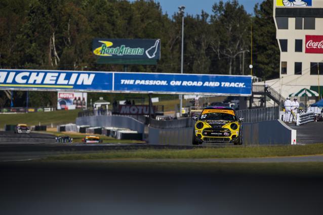 2017 MINI JCW Race