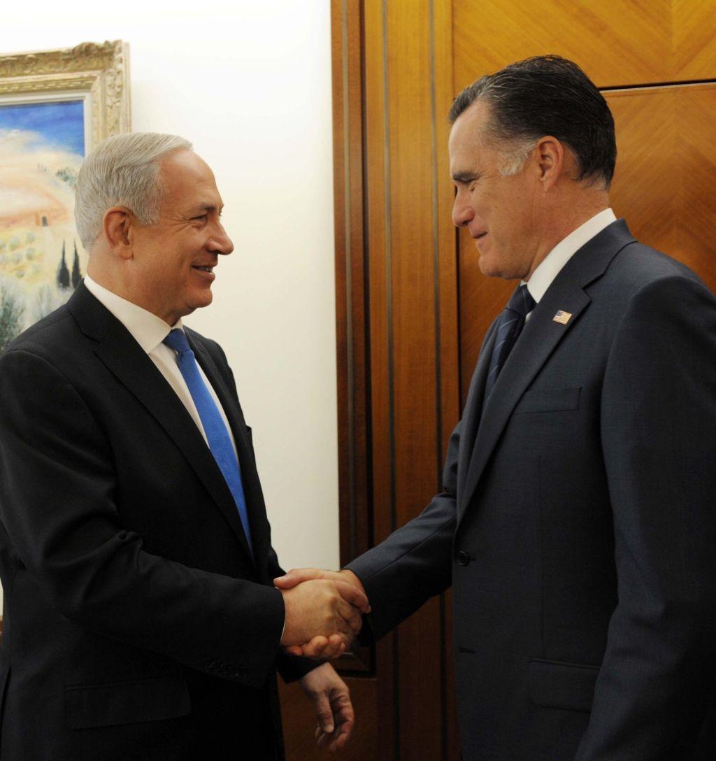 Mitt Romney and Israeli PM Benjamin Netanyahu shaking hands during a meeting on July 29, 2012. (Israel GPO)
