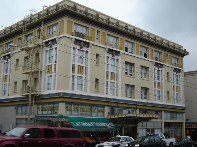 SLIDESHOW: Giving Thanks at the Altamont Hotel
