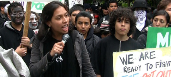 VIDEO: Students Say No to Immigrant Round-ups