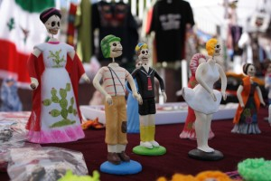 There are arts and crafts from many Latin American countries.
