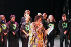 Avotcja joined the Vukani Mawethu choir to recite her poetry.
