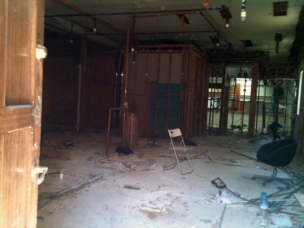 739 Valencia's interior being cleaned out.