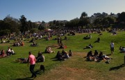 Opponents say that Blue Bottle's coffee trailer will add even more traffic to an already crowded Dolores Park. Photo by Gregory Thomas.