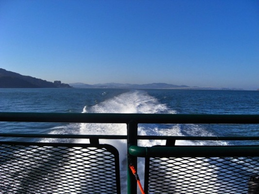 A one way ride across the Bay on a Golden Gate Ferry regularly costs at least 8$, but with a clipper card it's only 4 to visit the city of Sausalito, famous for its houseboats.
