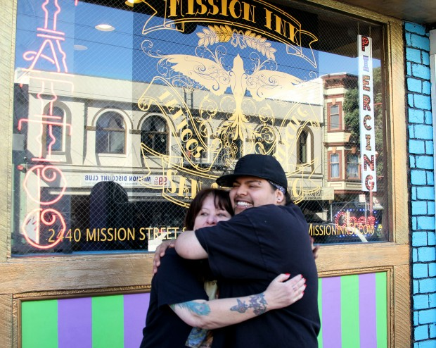 Flora and Tea, feeling the love at Mission Ink