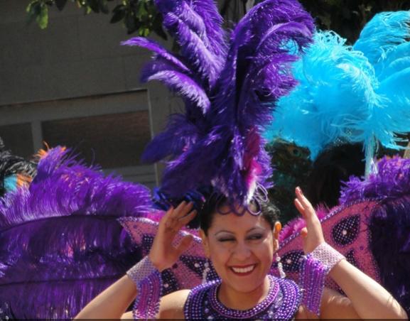 PHOTOS: Carnaval – 12: 27 p.m.