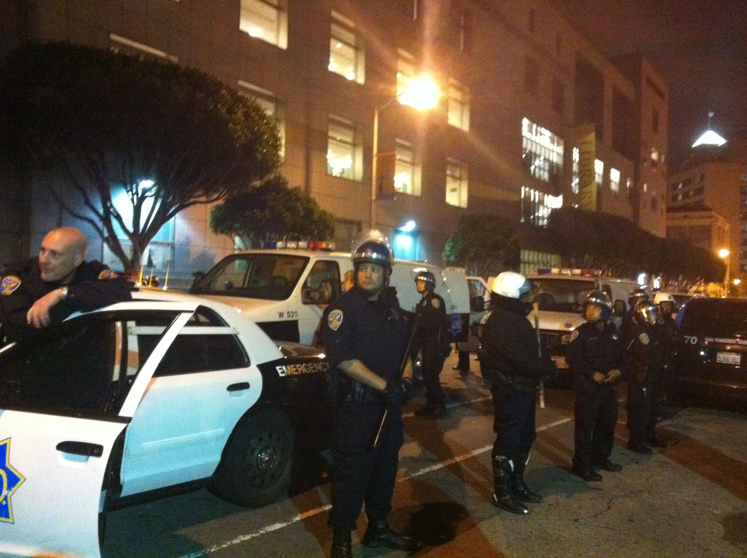 BART Protest Live – More Arrests Underway Outside the Library at Civic Center