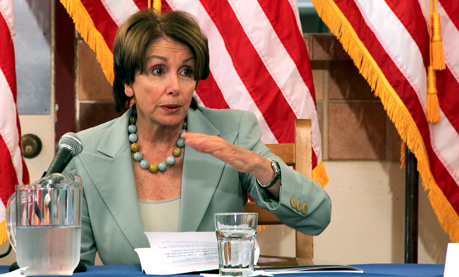 Pelosi Hears Mission District Small Biz Owners